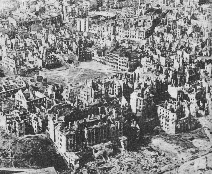 85pc of Warsaw destroyed Center_ ruins of Old Town Market Place Warsaw 1944